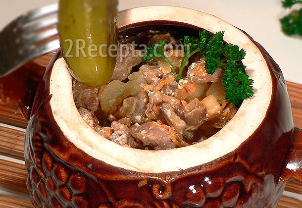 Грибы в сметане с картошкой в горшочке 10
