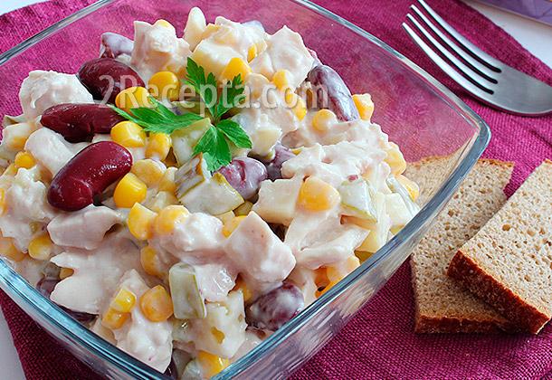 Салат фасоль курица сухари